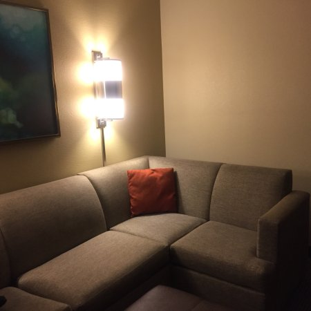 Hyatt Place Atlanta Airport North: adequate