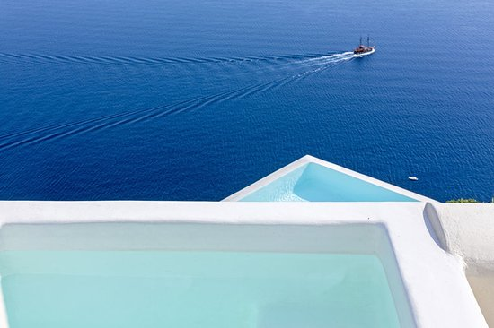 River Pool Suite Canaves Oia Santorini