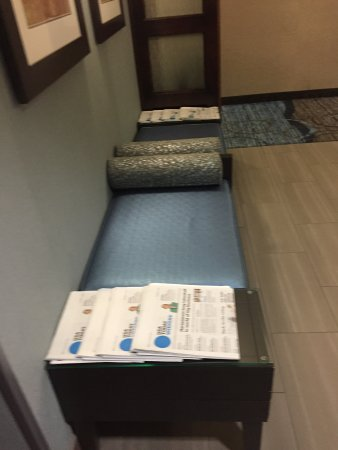 Holiday Inn Express: Free newspapers
