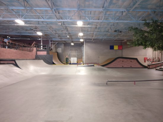 Chandler, AZ: Another view of skate park