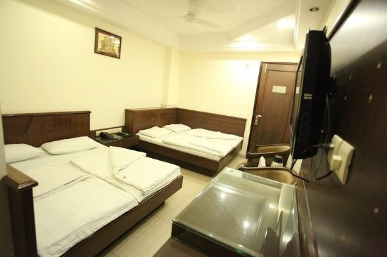 Hotel Chanchal Deluxe: Other