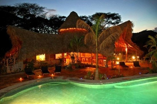 El Sabanero Eco Lodge: Exterior