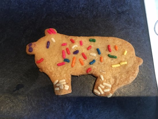Child Decorated Pig Sugar Cookie Dessert Picture Of Blue Smoke