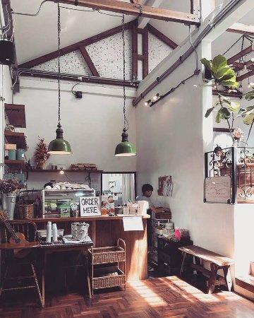 Sribrown Cafe & Pizza: getlstd_property_photo