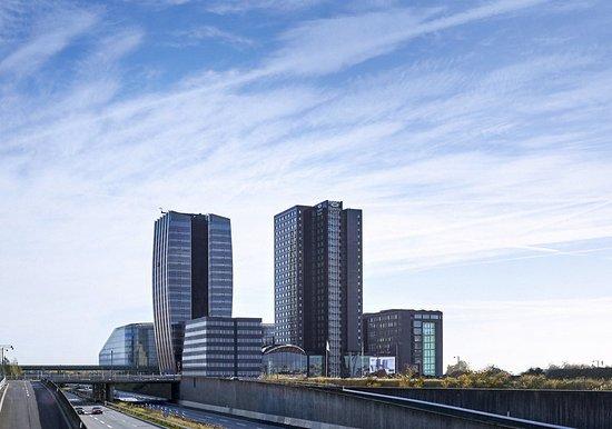 Crowne Plaza Copenhagen Towers : Exterior