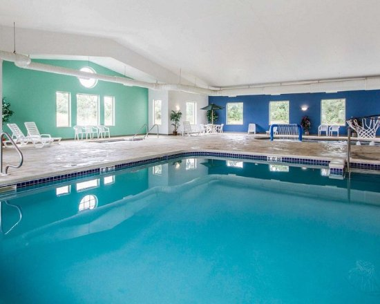 Waupaca, WI: Pool