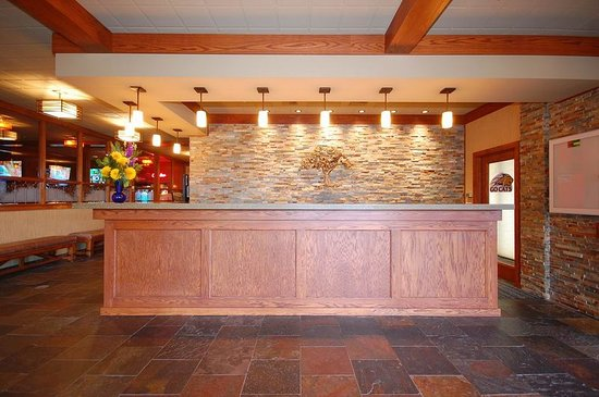 Best Western Plus GranTree Inn: Lobby