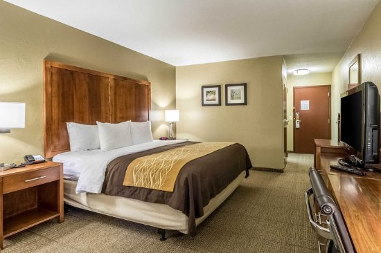 Dover, OH : Guest room