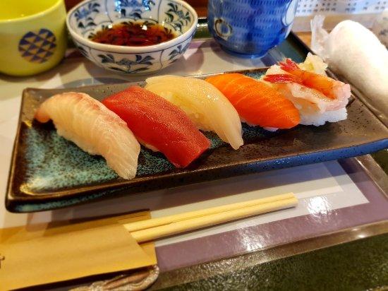 Tatsumi Sushi, Sakaimachi : 20171204_125938_large.jpg