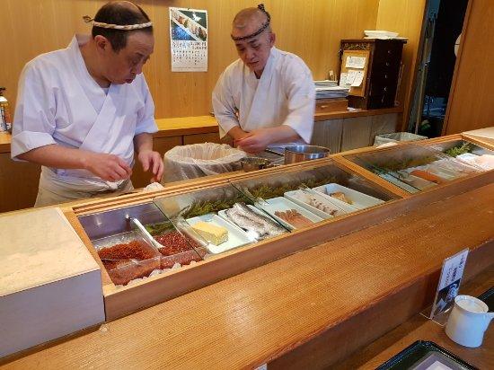 Tatsumi Sushi, Sakaimachi : 20171204_125725_large.jpg