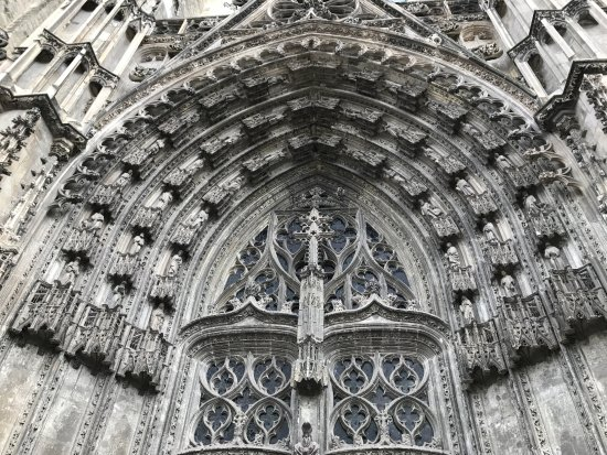 Poitiers, France: gorgeous doors