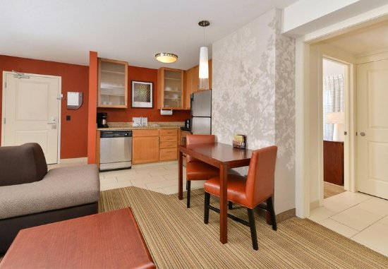 Coralville, IA: Guest room