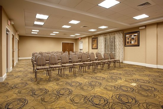 Pembroke, NC: Meeting room