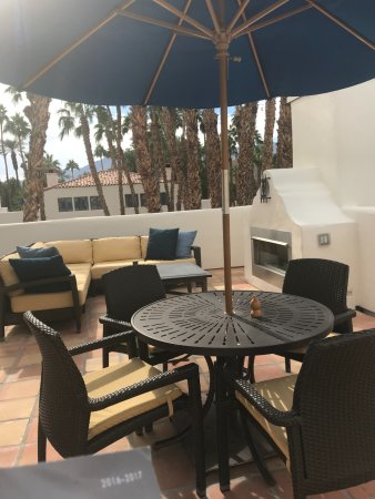 La Quinta Resort & Club, A Waldorf Astoria Resort: I loved the privacy of our very own patio with a fireplace.