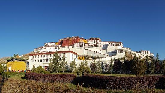 China Tours: Potala Palace, Lhasa, Tibet