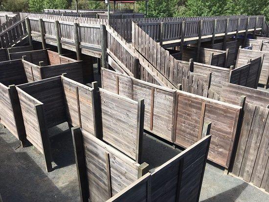 Yallingup, Australia: maze with escape bridge