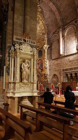 Church of San Pedro : 20171203_204120_large.jpg