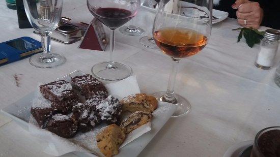 Канино, Италия: Biscottini con vinsanto