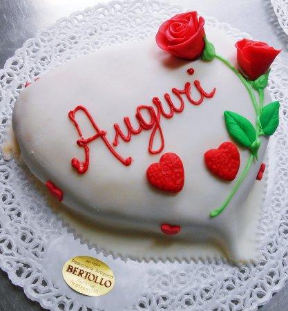 Torta A Forma Di Cuore Foto Di Pasticceria Bertollo Rapallo