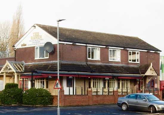 Crewe, UK : The Raven recently refurbished,6no local cask real ales,sky sports & B T sport,Live music,carpar