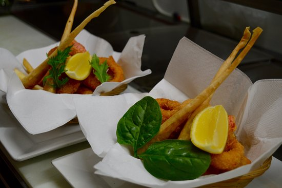 Peppermints: Seafood basket with a twist