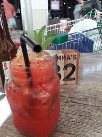 Biggera Waters, Australia: MOJITO FRAISE/FRUIT DE LA PASSION