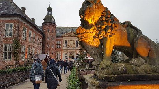 Sande, เยอรมนี: Weihnachten auf Schloss Gödens 2017