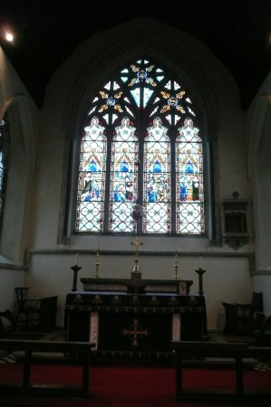 Chartham, UK: by the altar