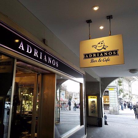 Adrianos Bar & Cafe: Exterior