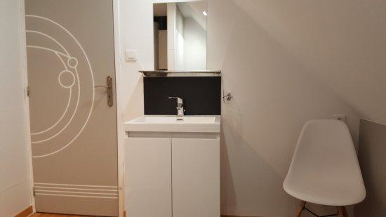 Salle d\'eau de la chambre Pierre de Lune (avec WC) - Bild von Le ...