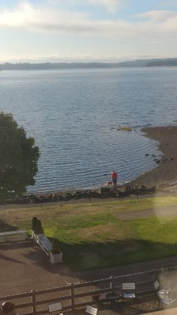 Silverdale, WA: Nice view, great hotel, friendly staff.