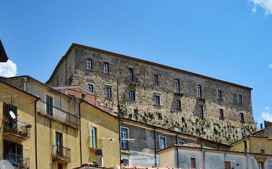 Basilicata, CALVELLO (PZ) - IL CASTELLO