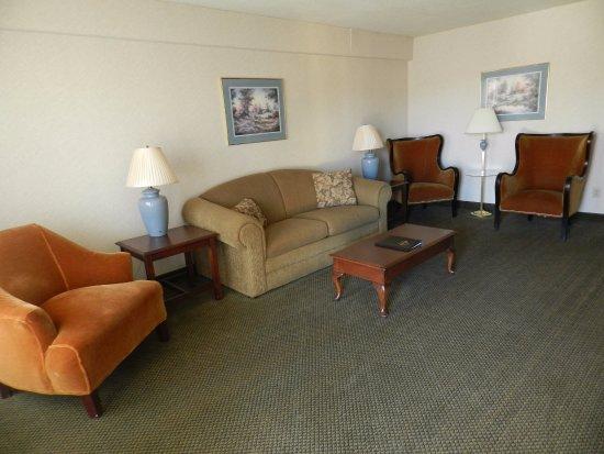 Rhinelander, WI: Living Room