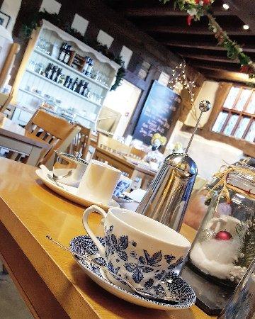 Congleton, UK: The little coffee shop!
