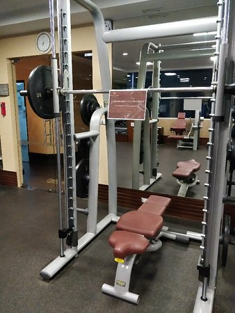 Majestic Grande Hotel: Dec 4,2017 - The main Smith machine in the Gym is currently out of Order. I booked this hotel ca