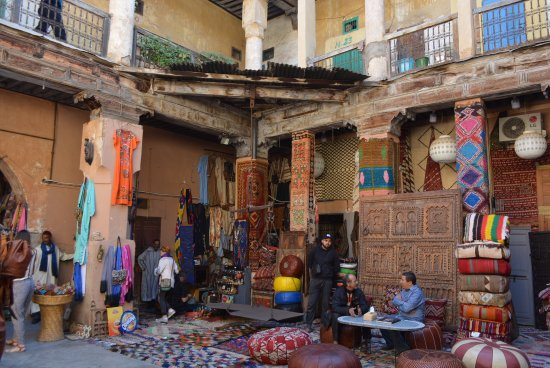 Rahba Kedima Square : Located in the outskirts of square in Reclaimed Riad.