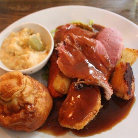 Thornham, UK: Sunday lunch