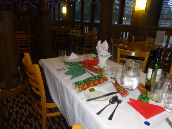 Eight Ash Green, UK: Christmas party lunch