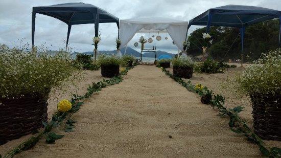 Pousada Da Charuta: Arranjo de casamento a praia Vermelha do centro