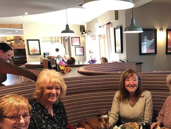 Bilston, UK: Lunchtime