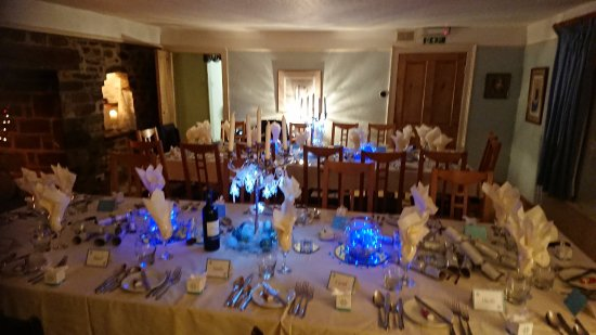 Umberleigh, UK: Wedding Tables set up for 30 guests