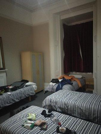 Curzon House Hotel: IMG_20171129_224745_large.jpg