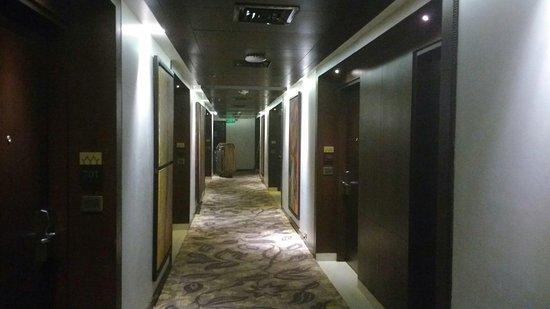 Monotel - Luxury Business Hotel: IMG_20171130_222157402_large.jpg