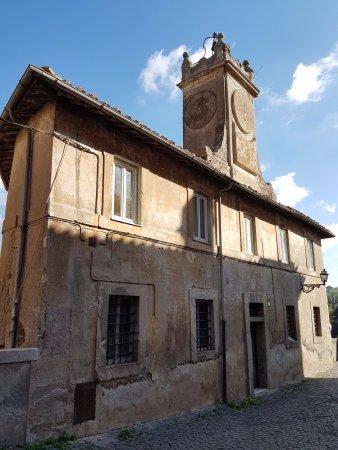 Ceri, Olaszország: Torre dell'orologio