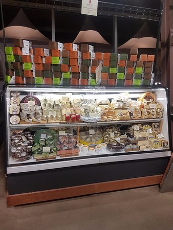 Wolfville, Canada: store items