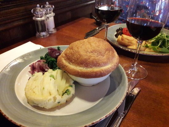Forest Row, UK: Game Pie