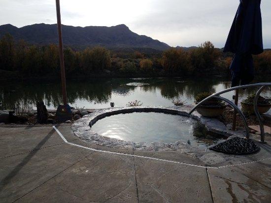 Riverbend Hot Springs: 20171201_091829_large.jpg
