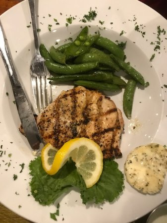 Alton, IL: Griled Chicken and Green Beans