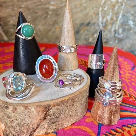 คริสเตียนสเต็ด, เซนต์ครอย: One of a kind rings. Feel good jewelry.