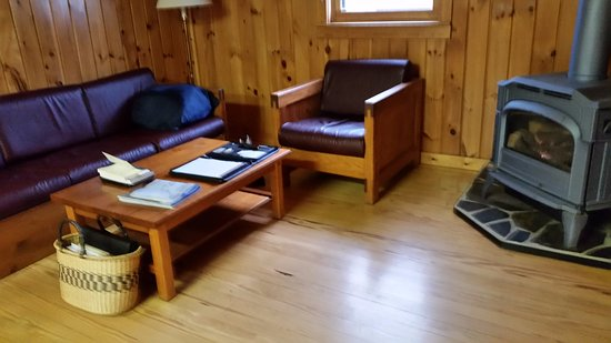 Wellesley Island, NY: Comfortable living quarters heated by propane stove